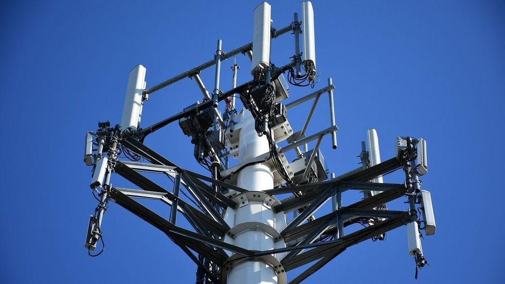 cellular-tower-2172041_1280.jpg