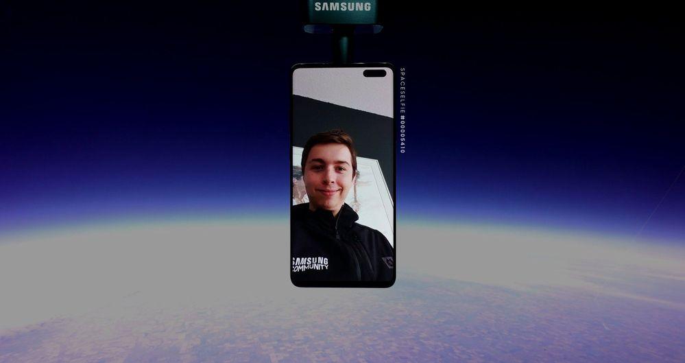 space-selfie.jpg
