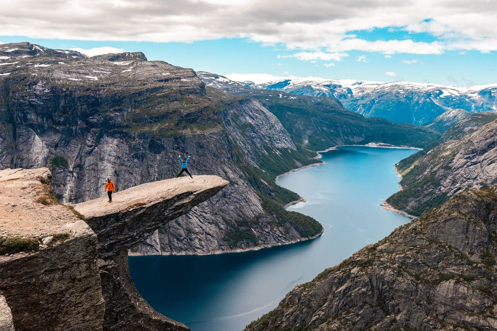 5ca77a9379fa207ffd1d615f_Thor H Ulstad Trolltunga Preikestolen Kjerag - 2018 Norwegian Fjords (127) copy.jpg
