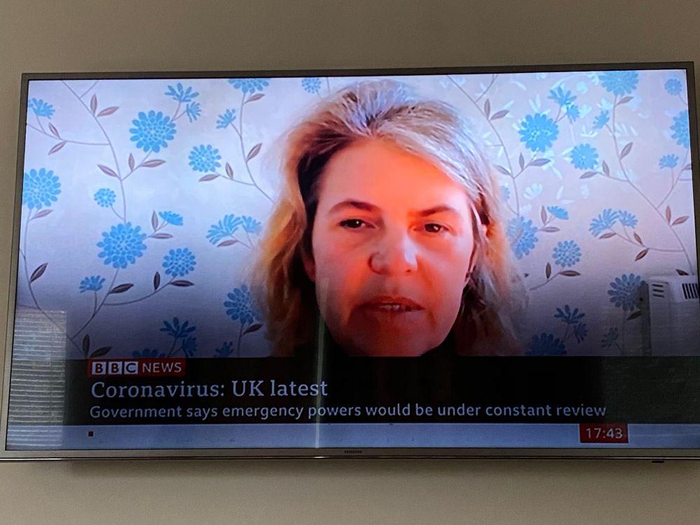 Lower screen very dark, maybe the TV has corona virus!