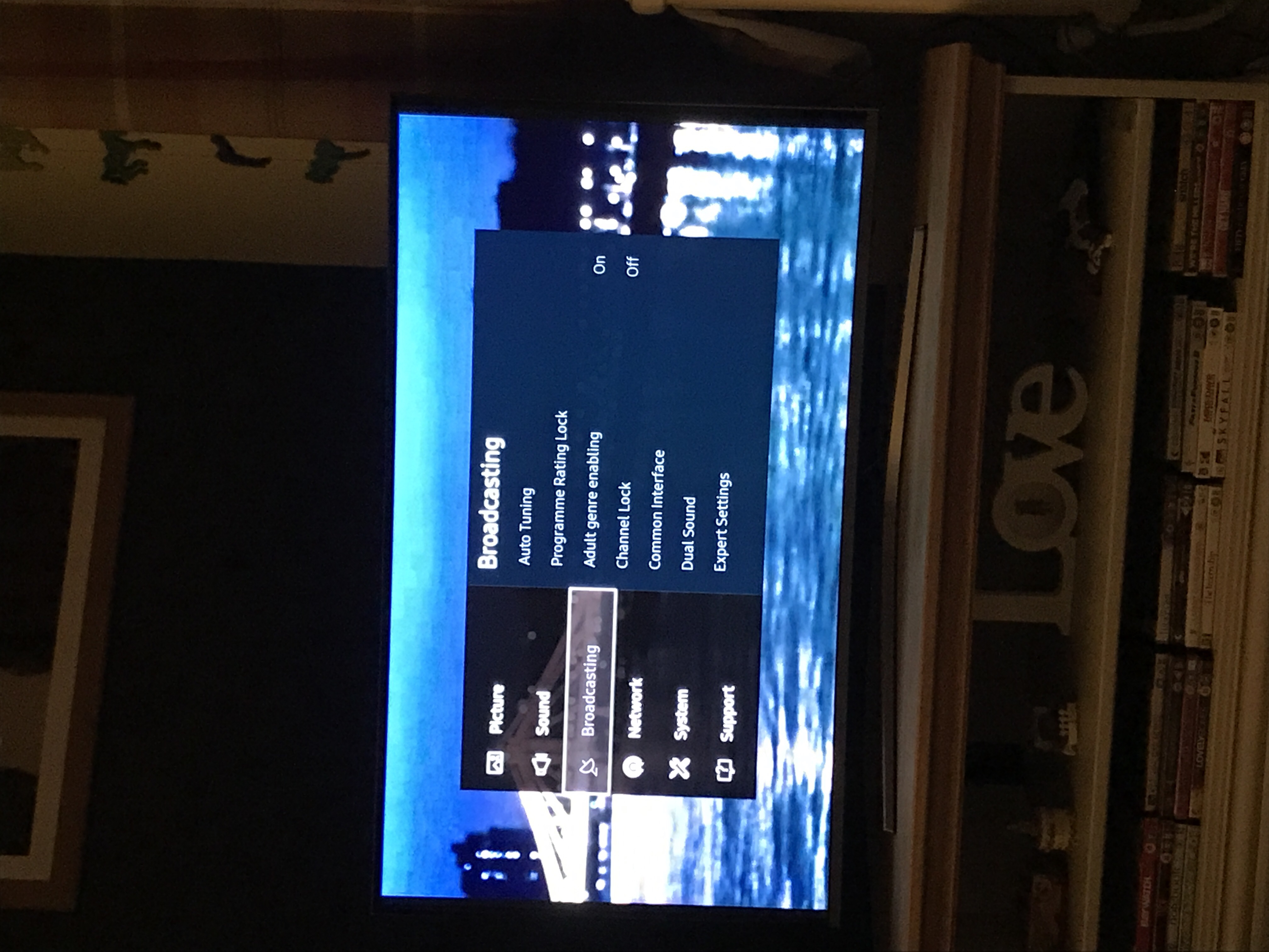 Smart TV - Freeview / channels not working with aerial - Samsung