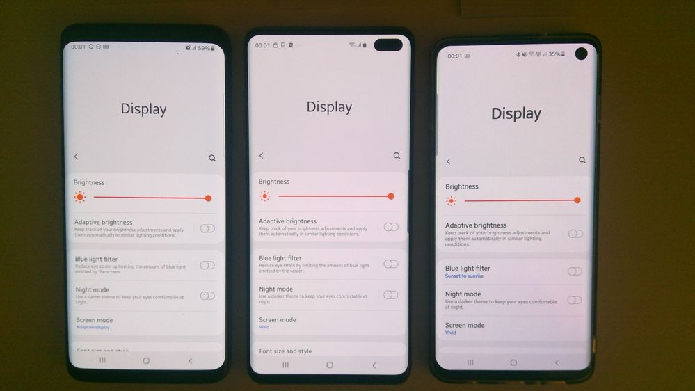 Screen looks crisper and whiter on S9+
