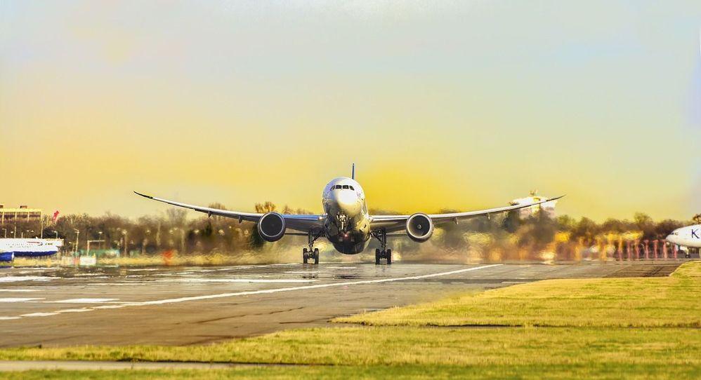 Letadlem_na_dovolenou.jpg