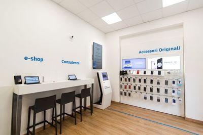 Apre a Messina il Samsung Customer Service