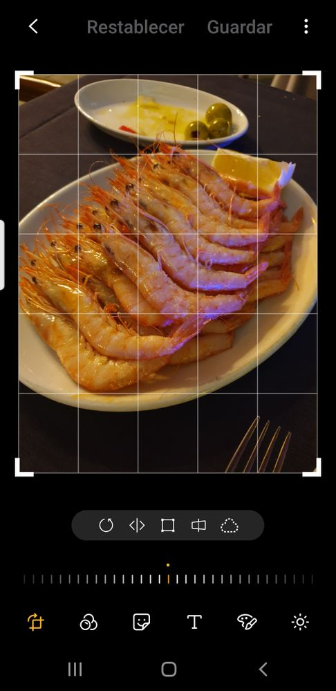 Screenshot_20190211-122125_Photo Editor.jpg