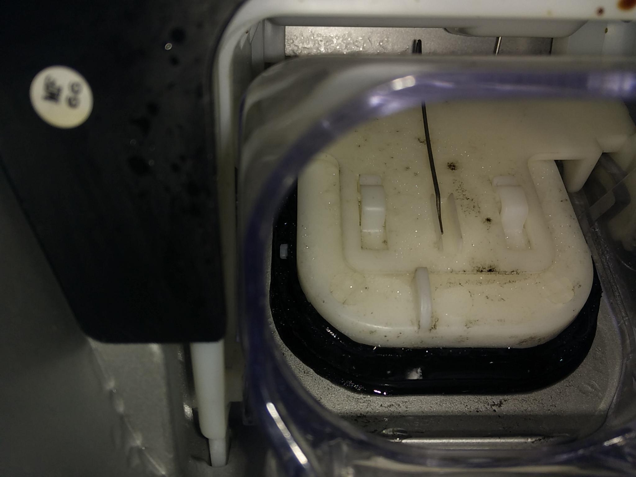 Aeg Kühlschrank Auffangbehälter Ausbauen : Siemens kühlschrank wasser sammelt wasser im kühlschrank daran